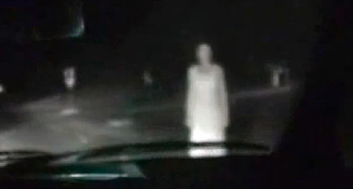 Mujer-Fantasma-Avenida-Lazaro-Cardenas